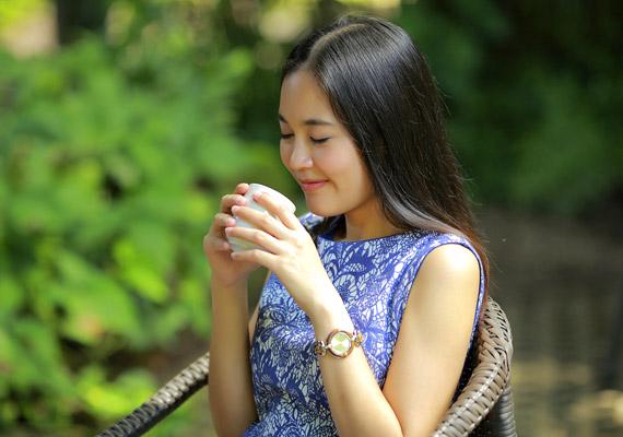 A folyadéknak Thaiföldön nagyobb értéke van, mint hazánkban, hiszen számos területen nincs tiszta ivóvíz. Talán ezért is alakult ki a szokás, hogy a thai emberek étkezést előtt isznak. Ezzel a módszerrel hatékonyan csökkenthető a kalóriabevitel.