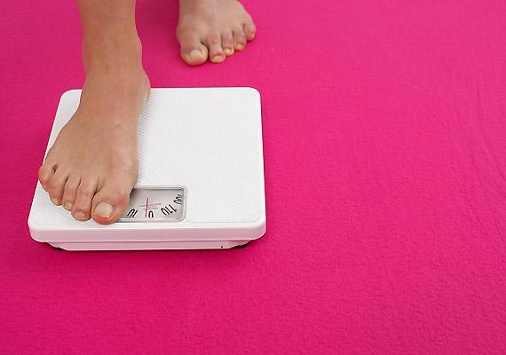 Ha a kilogrammban mért súlyodat elosztod a méterben mért testmagasságod négyzetével, máris megkaptad saját BMI-értékedet. A 19 és 25 közötti értékek számítanak egészségesnek, 25 felett beszélünk túlsúlyról.