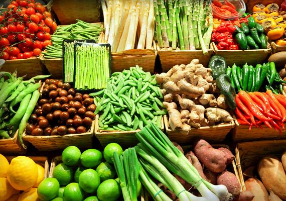 Zöldségek                         A zöldségek is szabad prédát jelentenek ebben a diétában. Azonban arra figyelj oda, hogy a hüvelyeseket ez a diéta nem a zöldségek közé sorolja.