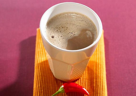Ha cukor nélkül készíted, a kakaó anyagcsere-fokozó tulajdonságával segítheti a fogyást. Ha szereted a különlegességeket, ízesítsd kevés chilivel, ami szintén jó zsírégető.