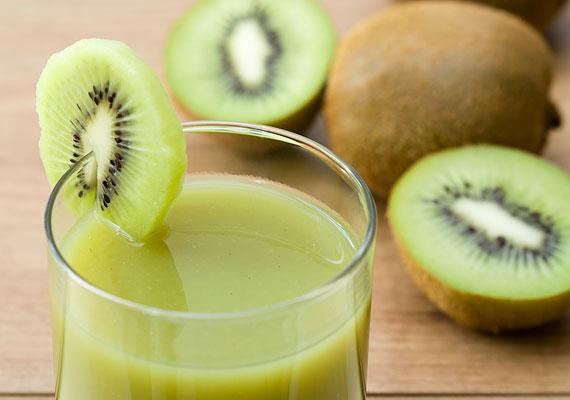 A kivi roppant egészséges - egyetlen darab fedezi a gyerek napi C-vitamin-szükségletét -, ám az arra érzékenyeknél allergiát okozhat.