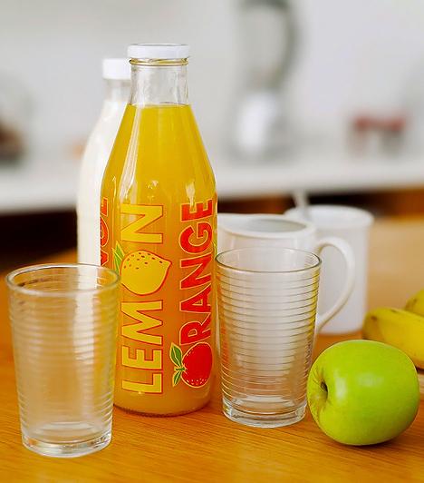 Gyümölcsital  A gyümölcsital kategóriába sorolt készítmények általában csak 12-25% gyümölcsalappal bírnak, így a csábító jellegüket és ízüket nagyrészt a színezékeknek, aromáknak, édesítőszereknek vagy a cukornak köszönhetik. Továbbá étkezési savakat, állományjavítókat, illetve tartósítószereket is tartalmaznak. A gyümölcsnektárok valamivel jobbak, hiszen a bennük található gyümölcsmennyiség eléri a 25-40%-ot is. A legegészségesebbek a 100%-os levek, melyek cukormentesek.