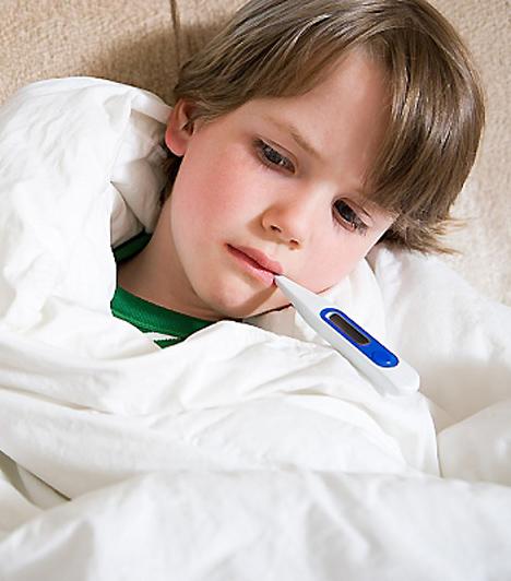 Mandulagyulladás  Amennyiben gyermeked gyakran küzd mandulagyulladással, lehet, hogy nem tudja vagy nem meri kifejezni mindazt, ami benne van. Ilyenkor egy kis extra törődésre van szüksége - az érzelemkifejezés ugyanis csak részben veleszületett képesség, részben viszont utánzással kell elsajátítania a gyerkőcnek. Nyilvánítsd ki csemetéd felé mindazt, amit érzel, szavakkal, cselekedetekkel és gesztusokkal egyaránt, és őt is bátorítsd ugyanerre.