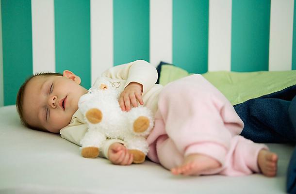 vajon minden csecsemő lefogy-e születése után