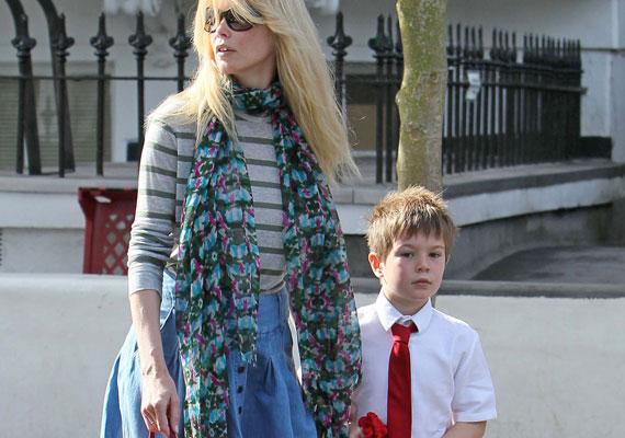 Claudia Schiffer gyermekének kvázi keresztapja egy Casper nevű rajzfilmfigura.