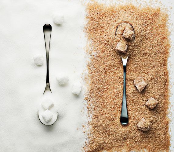 Ugyan a cukor önmagában nem okoz hiperaktivitást, de ha a gyerkőc túl sokat kap belőle, időszakosan hasonló tünetek jelentkezhetnek nála.