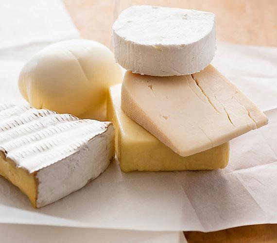 Az ugyancsak veszélyes E249-252 adalékanyagok főként pácolt húsokban és sajtokban találhatók meg.