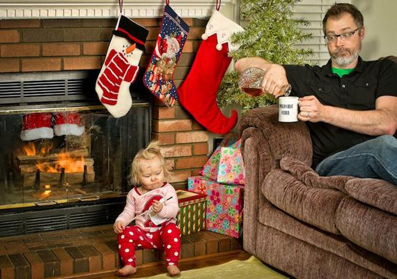- A Télapó csak a jó gyerekeknek hoz ám ajándékot!