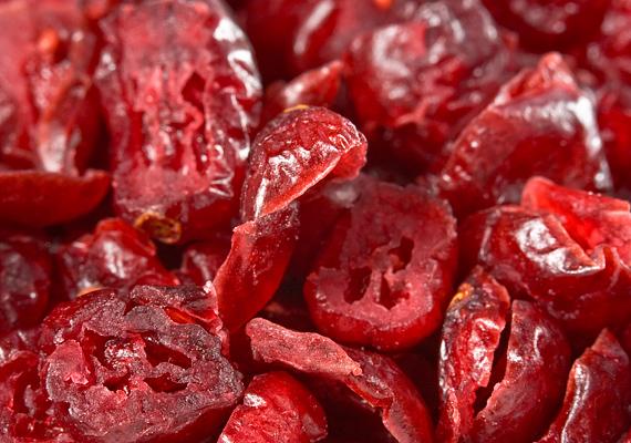 A vörös áfonya antioxidáns-tartalma igazán magas, így segíti az idegrendszer megfelelő vérellátását, ezáltal pedig frissebbé teszi az elmét.
