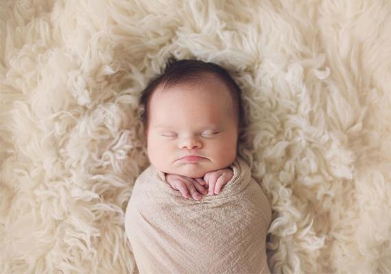 Bár mozgékony, és éppen olyan, mint más babák, sajnos Abigailnek csak pár hét vagy hónap adatik meg ebben az életben.