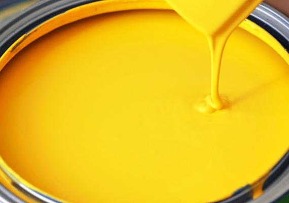 Amikor a lakást festitek, válasszatok olyan falfestéket, ami nem káros az egészségre. Legtöbbjük ugyanis mérgező, allergizáló anyagokat párolog ki még sok idővel a festés után is.