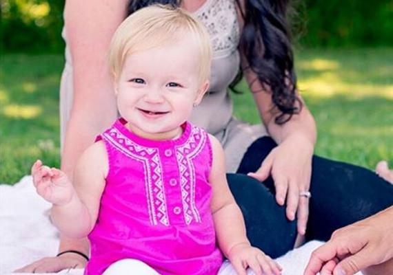 A kis család ma boldogan él, Rylan egyéves és gyönyörű. Történetük bizonyítja, milyen erős is a kapocs anya és gyermeke közt: még a kóma és a fenyegető halál sem szabhat neki határt.                         Nézd meg lenti videójukat!