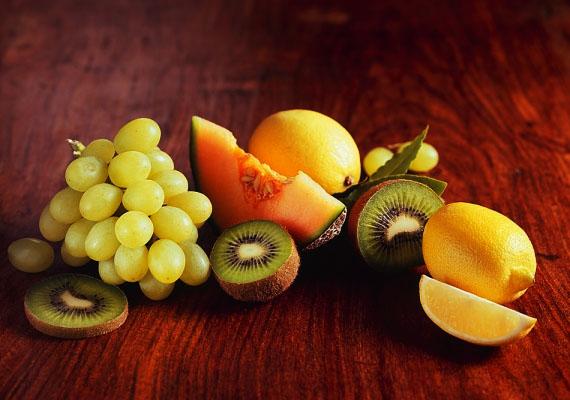 Ha több gyümölcsöt fogyasztasz, akkor emeled a rostbevitelt, emellett a gyümölcsök flavonoidtartalmának köszönhetően erősíted az érfalakat is.