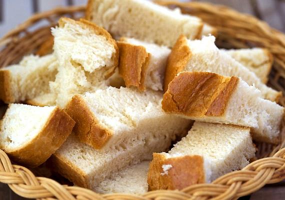 A fehér kenyér, ellentétben a teljes kiőrlésű pékárukkal, nem tartalmazza a gabona értékes alkotóelemeit és rostjait. Lassítja az emésztést, és mivel finomított lisztből van, hizlal.