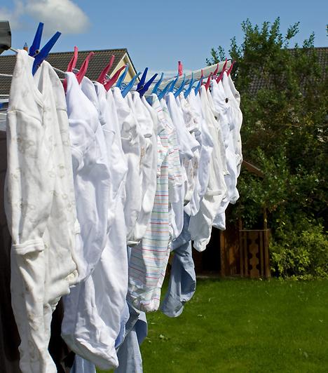 BabaruhaA ruhácskák beszerzése a gyerekvárás legnagyobb örömei közé tartozik. Szerezz be jópárat az apró rugdalózókból, mert előfordulhat, hogy naponta akár többször is át kell majd öltöztetned a gyerkőcöt.Kapcsolódó cikk:5 tárgy, ami nem hiányozhat a babaszobából »