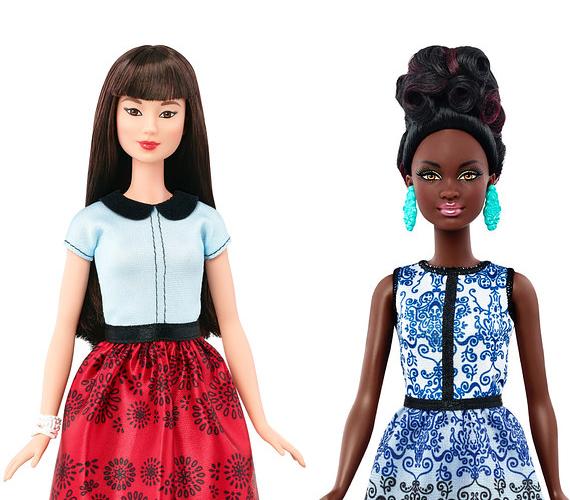 A Mattel nemcsak a testalkati sokféleségre gondolt. 2016-tól az eddigieknél többféle etnikum jelenik meg kínálatában, emellett a szemszínek és a hajviseletek is változatosabbak lesznek.