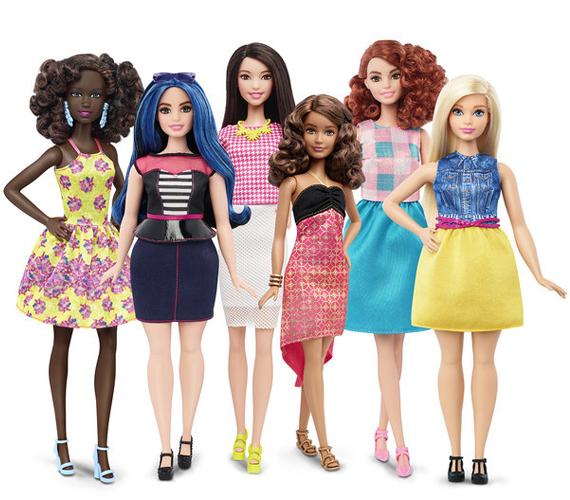 Barbie tehát mostantól sokkal életszerűbb lesz. Sokféle, akárcsak a valódi nők. Az újítás várhatóan világszerte nagy sikert arat majd.                         Innen a Mattel oldalára ugorhatsz, ahol már rendelhetőek az új babák.