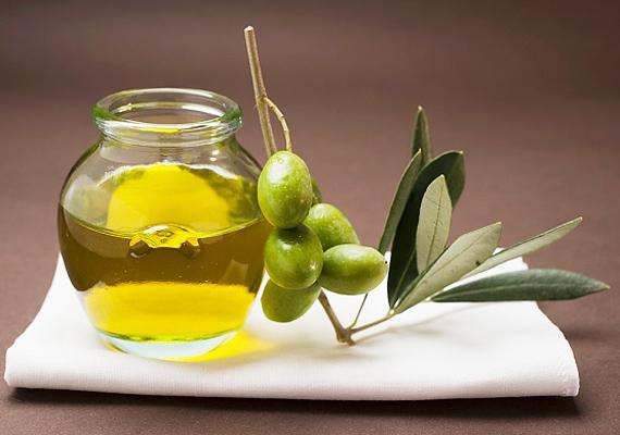 Az olajbogyóhoz hasonlóan, ami szintén remek A- D- és E-vitamin-forrás.