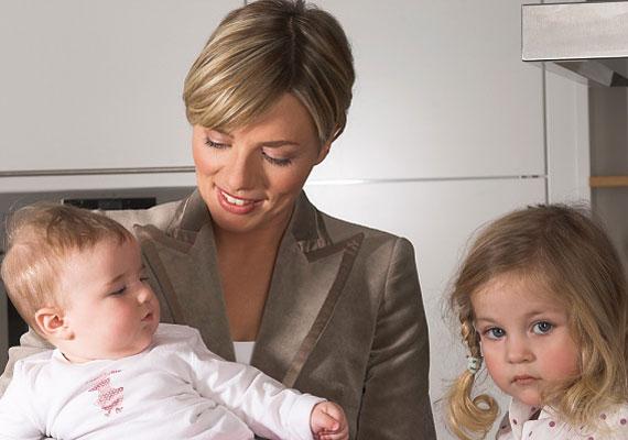 A kistestvér születése is egyfajta stresszt jelenthet a gyerkőcnek - még akkor is, ha látszólag jól éli meg.