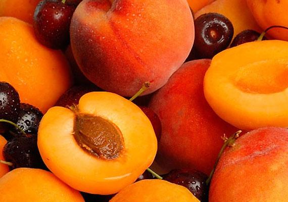 Az őszi- és sárgabarack is stimulálja az agyműködést - a legjobb, ha kevered a kettőt gyümölcssalátában, melynek ízesítésére használj mézet és fahéjat.