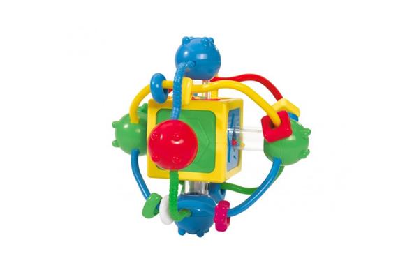 A színes, részletgazdag kocka a finommotoros mozgást, a koncentrációt fejleszti, illetve a látás és tapintás érzékeit. Hat hónapos kortól ajánlják.Simba mágikus kocka, 3990 forint