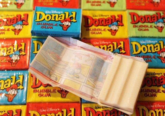 A Donald rágóhoz csomagolt aprócska képregényeket is sokan gyűjtötték.