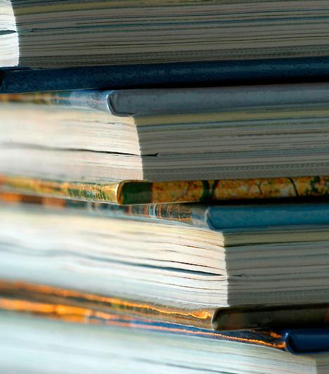Szakkönyvek  Az anyaság nem jelenti, hogy ösztönösen tudni fogod, hogy mit hogyan kell csinálnod. Tanulni sosem szégyen: szerezz be néhány gyereknevelési kézikönyvet, amelyek segítségedre lehetnek a nehéz pillanatokban!