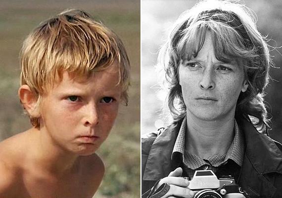 A szívszorító gyereksorsot bemutató filmben, az Árvácskában szerepelt például Czinkóczi Zsuzsa, aki korai házassága miatt elég hamar otthagyta a színészi pályát, még ha néha-néha vissza is tért egy-egy szerep kedvéért.