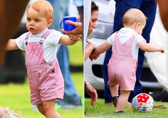 Most, hogy a totyogás már megy, ideje elsajátítania a futball alapjait is. Színes kis labdáját ügyesen rugdosta lépegetés közben.