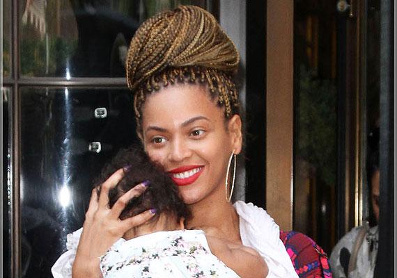 Beyoncé és Jay-Z kislánya a Blue Ivy, azaz Kék Borostyán nevet kapta a leleményes szülőktől.