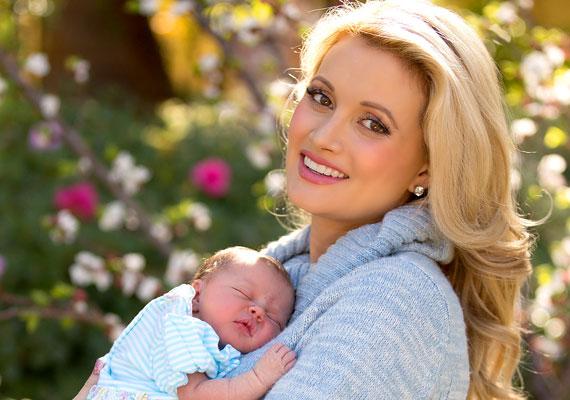 Az egykori Playboy-modell és valóságshow-szereplő, Holly Madison márciusban született kislánya a Rainbow Aurora, vagyis Szivárvány Hajnal keresztnevekkel lesz kénytelen együtt élni.