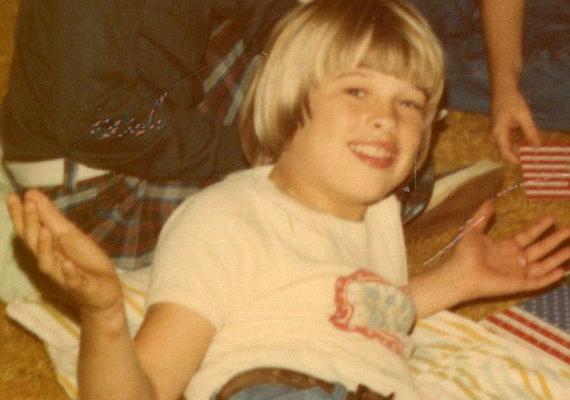 Brad Pitt ma már valószínűleg csak megértően mosolyog egykori önmagán.