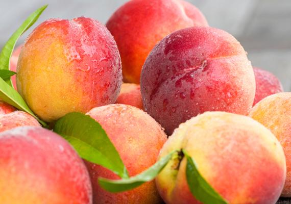 Az őszibarack tele van A- és C-vitaminnal, továbbá bőségesen tartalmaz szelént, magnéziumot, káliumot és kalciumot - egytől egyig elengedhetetlenek a megfelelő testi és szellemi fejlődéshez.