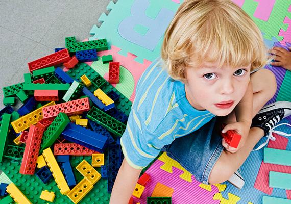 A Lego örök kedvenc, amit a lurkók képtelenek megunni.