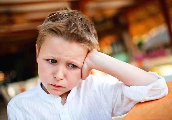 A vérszegény gyerkőcöknél gyakrabban figyelhetők meg viselkedésbeli problémák, leginkább ingerlékenység.