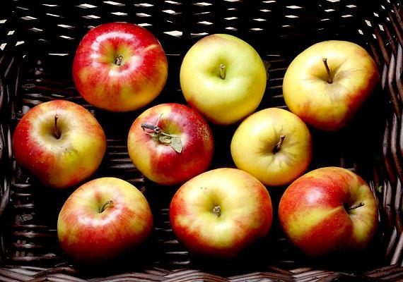 A gyümölcsök, zöldségek héján megtelepedhet a liszteriózis baktériuma. Mindig alaposan mosd meg őket és a kezedet is.