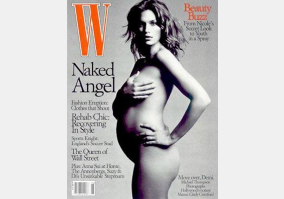 Claudia Schiffer mellett Cindy Crawford karrierjét is sok fiatal modell megirigyelhetné. A W címlapján pózolt, amikor terhes volt. Gyermekeinek neve Presley Walker és Kaia Jordan.
