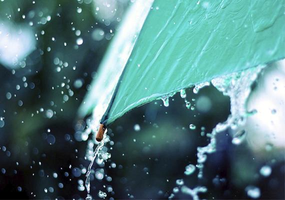 Az esernyő aranyos óvodai jel, főleg, ha színes csíkosra vagy más mintájúra, például szívecskésre, virágosra vagy autósra színezitek. Ezzel a jellel trükközhetsz picit szülőként. Ha sikerül, akkor javíthatod vele a gyerek önértékelését, hiszen a jel érdekesebbé válik.