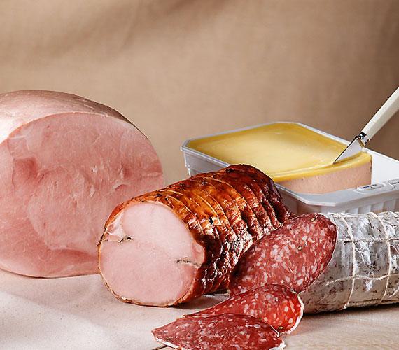 Ám sajnos egyes húsáruk sem mentesek ettől az ízfokozótól - vásárláskor mindig alaposan tanulmányozd át a termék címkéjét.