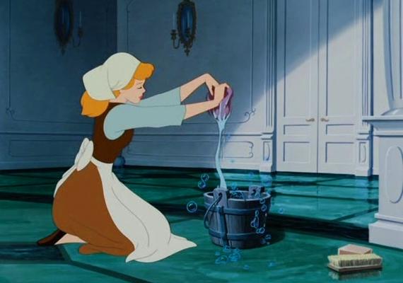Hamupipőke                         A kislányok kedvence a varázslatos tökhintóba szálló Hamupipőke története, akit a bál után elhagyott cipellőjének köszönhetően megtalál a mesebeli herceg.