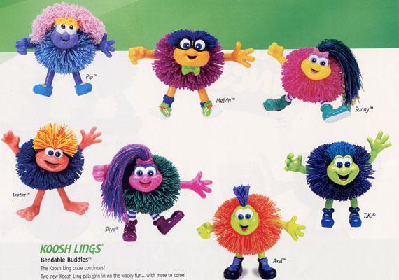 A gumipompom nagy sláger volt egy időben, ahogy a pompomfigurák is, amelyekhez még kiegészítőket is lehetett vásárolni. A színes játékok kedves, vidám tekintete egy perc alatt rabul ejtette a gyerekszíveket.