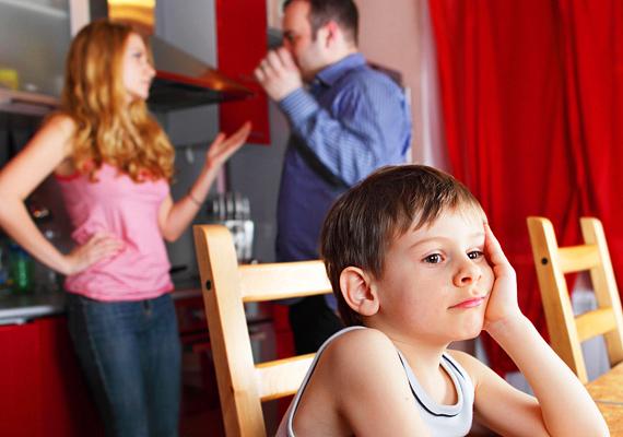 A feszült légkör a gyereken csapódik le, ha veszekedtek, annak ő issza meg a levét.