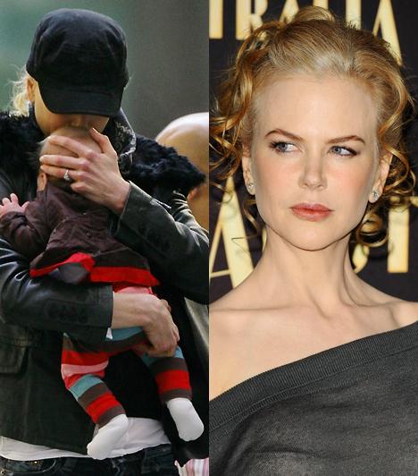 Nicole KidmanA szőke szépség, akiről egyre kevésbé mondható el, hogy a legifjabb hollywoodi dívák közé tartozna, érthető módon a széltől is óvja későn született gyermekét.Kapcsolódó címke:Nicole Kidman »