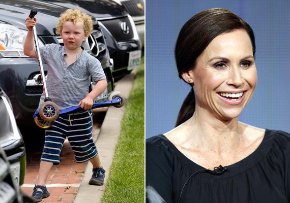 Ahogyan Minnie Driver kisfia - a papa kilétét a mai napig homály fedi -, Henry sem hasonlít híres mamájára.