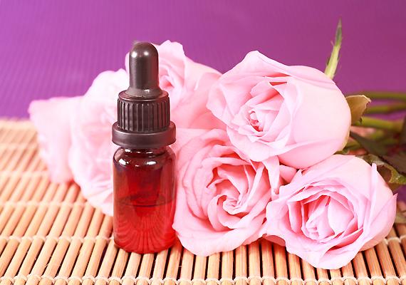 Kevesebb macerával jár, ha avokádóolajat használsz - deciliterenként tehetsz bele öt-tíz csepp rózsaolajat is.