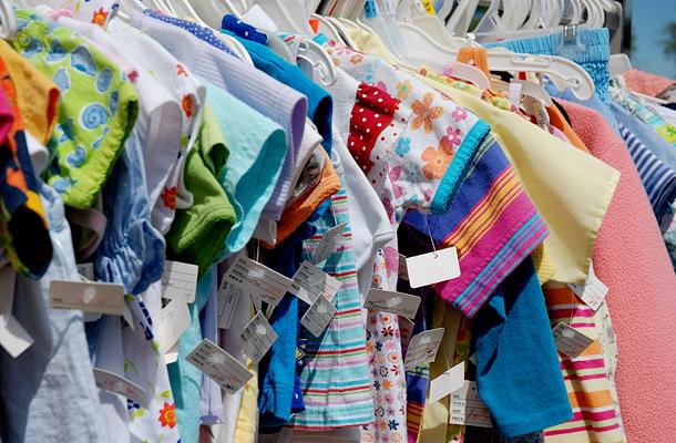 Egy-egy téli holmiért jó pár ezer forintot is elkérhetnek a boltokban. Az  ember lánya nem is érti 0ad75a4bf8