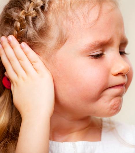 Fülfájdalomra meleg borogatás  Téli betegség a kicsiknél a fülgyulladás, ami fertőzés következménye vagy megfázás szövődménye is lehet. Sokan tévesen úgy vélik, hogy a meleg borogatás jót tesz, ezért a gyógyszertárakban kapható termotasakos sapkával gyógyítgatják a gyerek fülét. Ez azonban árt, ugyanis vérbőséget okoz, mely a váladékozást serkenti, ezzel fokozva a gyulladást.