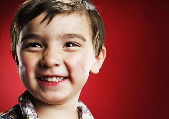 """""""Kilyukadt a fogsorom"""" - mondta a kisfiú, mikor kiesett a foga."""