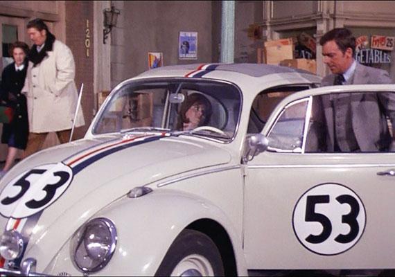 A Herbie, a kicsi kocsi, vagyis az önfejű bogár kalandjait bemutató sorozatot még a felnőttek is szívesen nézték.