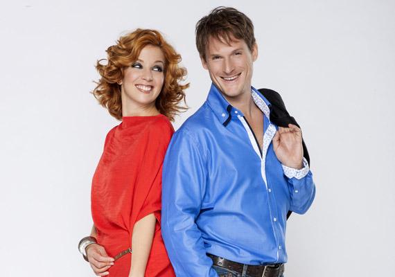November 2-án indult el a SuperTV2, amely előtt nem sokkal jelentették be hivatalosan a csatorna műsorvezetőit. A SuperMokka házigazdapárosai Fenyő Iván és Kovács Patrícia, Liptai Claudia és Till Attila, valamint Váczi Gergő és Lang Györgyi lettek.